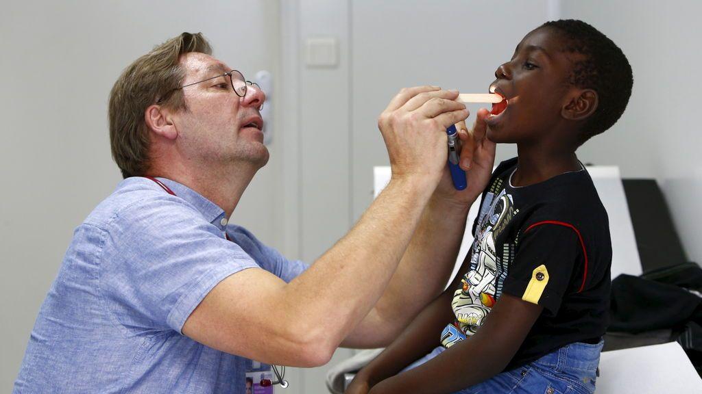 Los enfermeros piden que se obligue a todos los centros escolares a tener una enfermera en plantilla