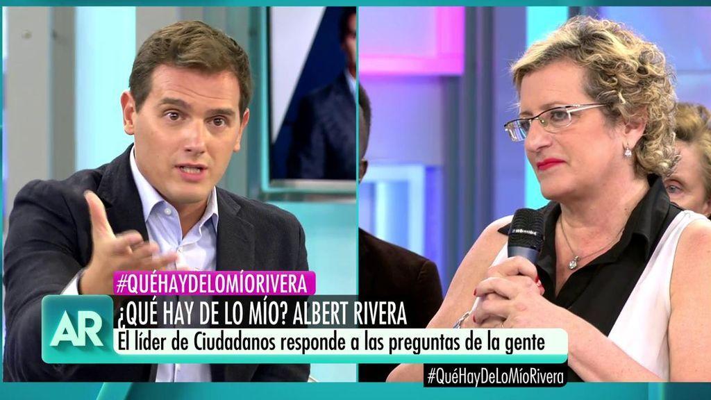 """Una ama de casa, a Albert Rivera: """"¿Podría usted sobrevivir con un sueldo de 700 euros?"""""""