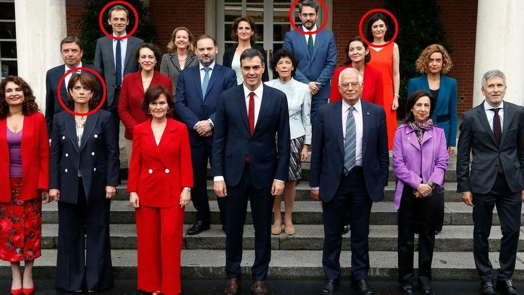 La oposición estrecha el cerco sobre el Gobierno de Sánchez