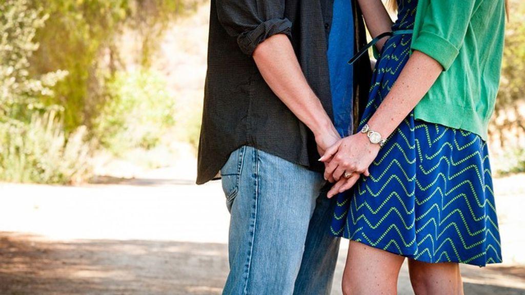 Las jóvenes españolas, más precoces que sus madres al iniciarse en el sexo pero más concenciadas