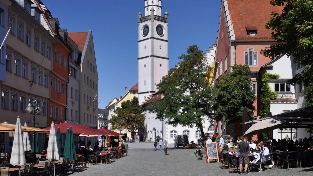 Un hombre acuchilla a tres personas, una de ellas grave, en Ravensburg, Alemania