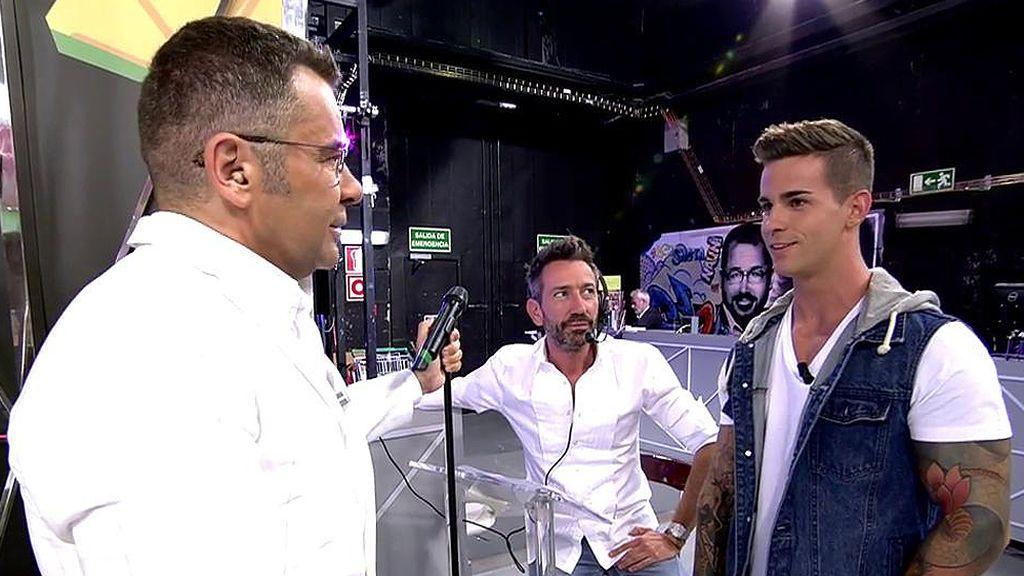 """Jorge Javier Vázquez pone contra las cuerdas al nuevo tronista de 'MyH': """"No te favorecen las cejas así"""""""