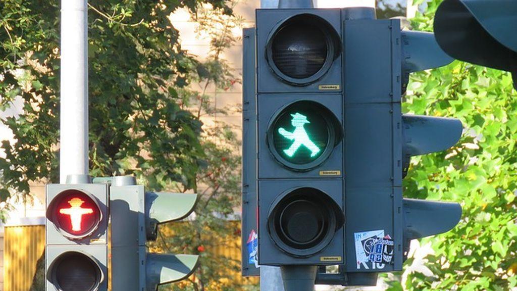 En Alemania los ancianos decidirán el tiempo que duran los semáforos con un chip