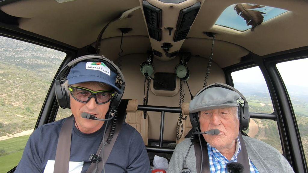Tato vuela por primera vez en helicóptero y no para de decir tacos