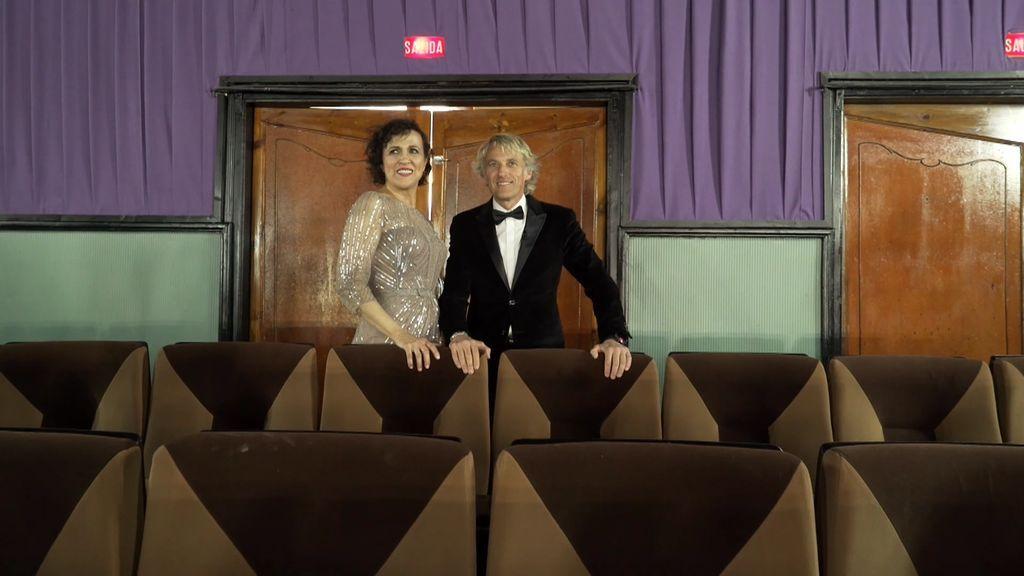Por todo lo alto: el pueblo de Penelles se viste de gala para la reapertura de su gran cine