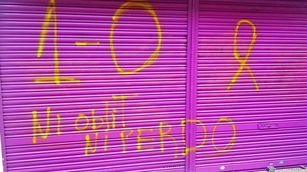 """Rivera critica las pintadas con """"amenazas"""" en el negocio de su madre en Granollers"""