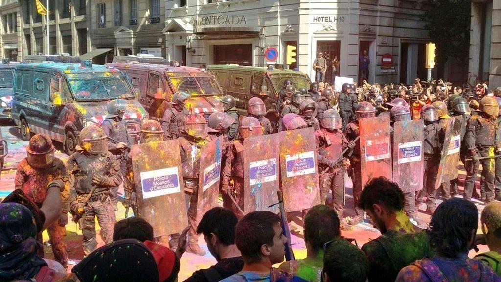 Liberan a los seis detenidos en las manifestaciones de Barcelona