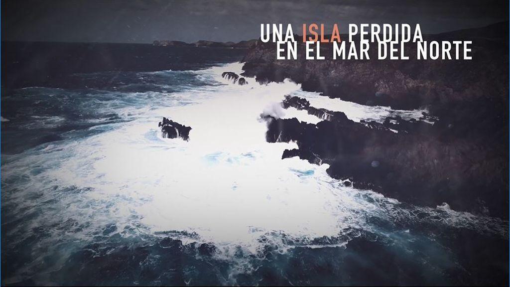 Sorpréndete con 'La isla de las últimas voces' ¡De Mikel Santiago!