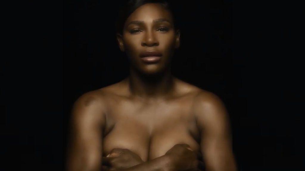 Serena Williams se desnuda y canta a capela para apoyar la detección precoz del cáncer de mama