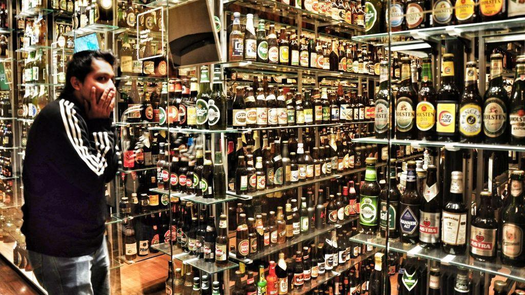 Resbala en un charco de cerveza en un súper de Zaragoza y le pagan 1.900 euros