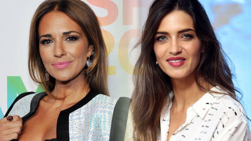 Paula Echevarría 'copia' a Sara Carbonero el vestido negro del otoño: vota quién lo lleva mejor