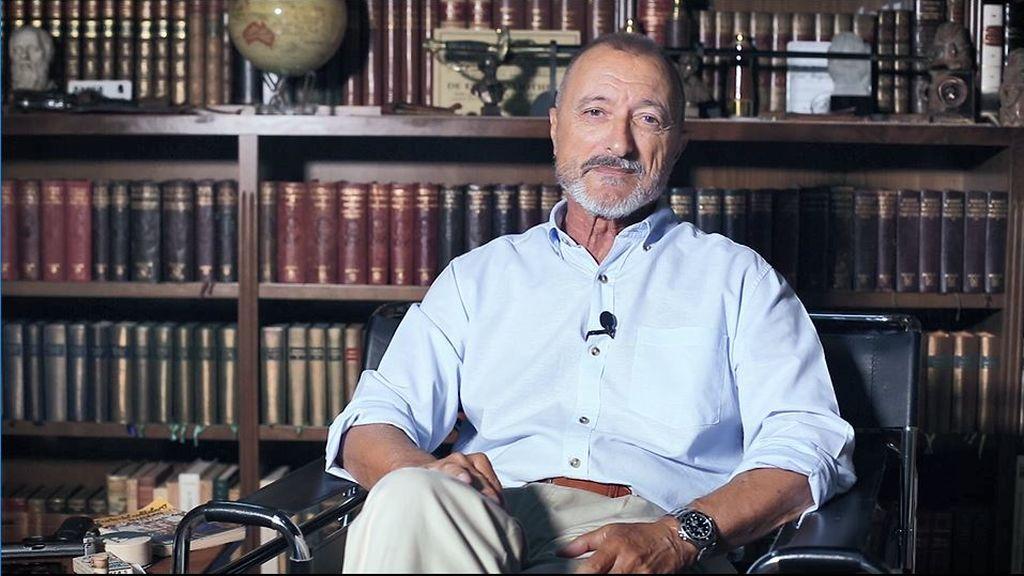 Arturo Pérez-Reverte nos revela el gran secreto de 'Sabotaje'