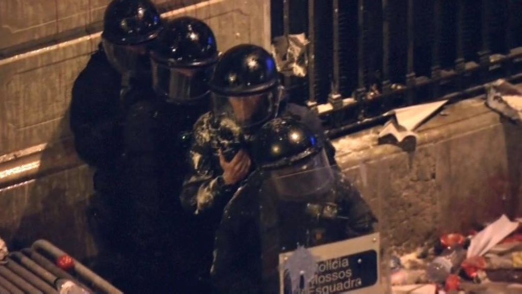 Los Mossos llaman a Torra irresponsable y denuncian la falta de medios y efectivos