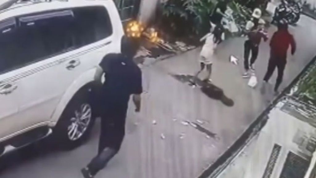 Una niña de 8 años se enfrenta a cuatro ladrones armados