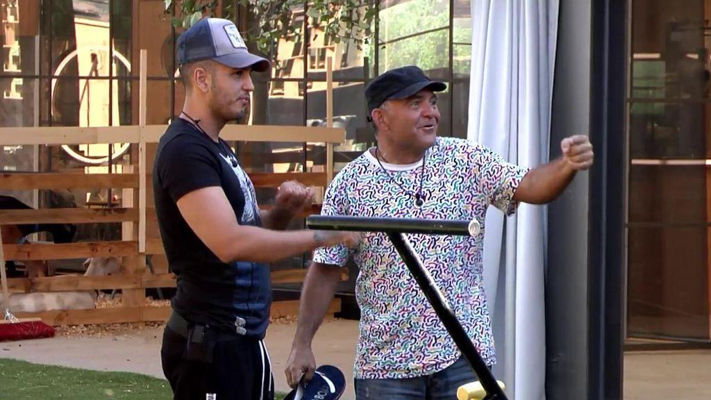 """El Koala y Omar preparan la canción del verano: """"El hombre clavo, donde pongo el ojo pongo…"""""""