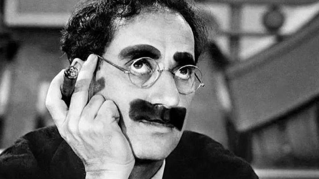 100 frases para recordar a Groucho Marx, el hombre que hoy sería políticamente incorrecto