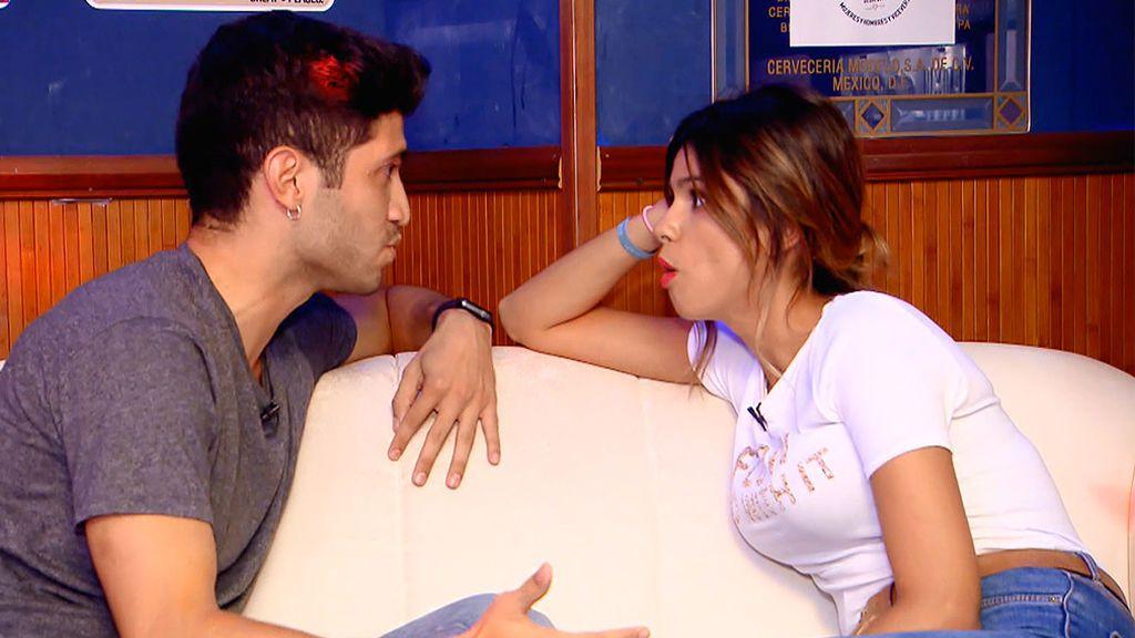 """Cita Marina y Juanda: """"Me gusta tu filosofía, mola. Eres interesante"""""""