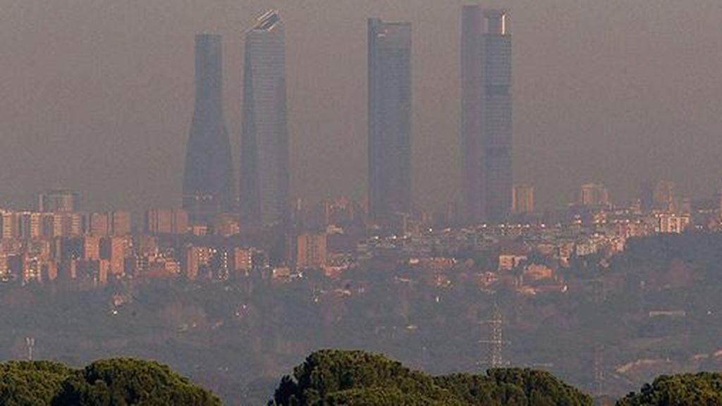 Estos son los coches que la contaminación impedirá circular por Madrid a partir del 8 de octubre