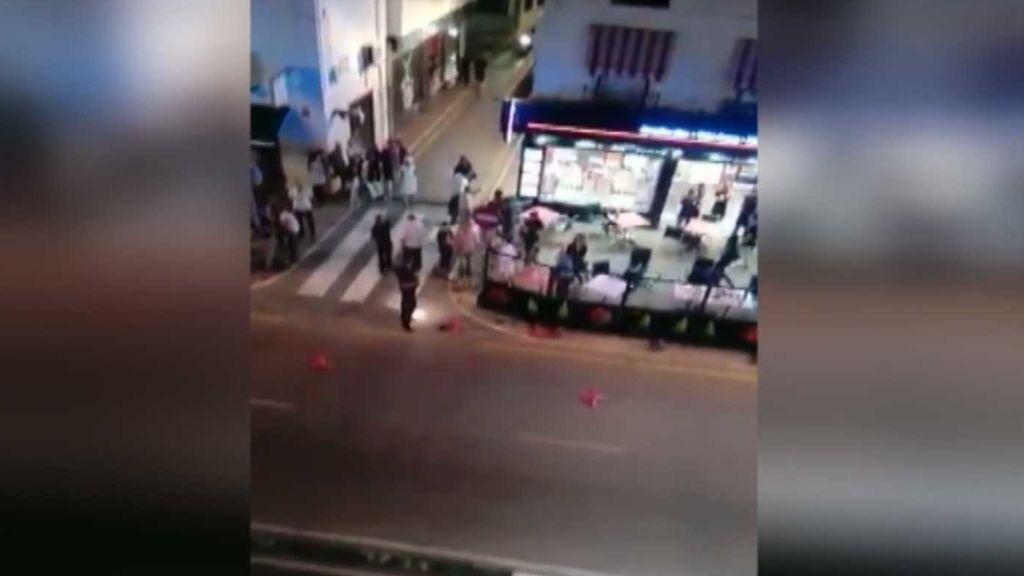 Secuestran a un hombre a tiros en pleno centro de Estepona