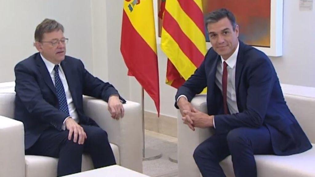 El presidente Sánchez y Puig cazados por las cámaras con Cataluña: Es una vergüenza, pero es lo que hay