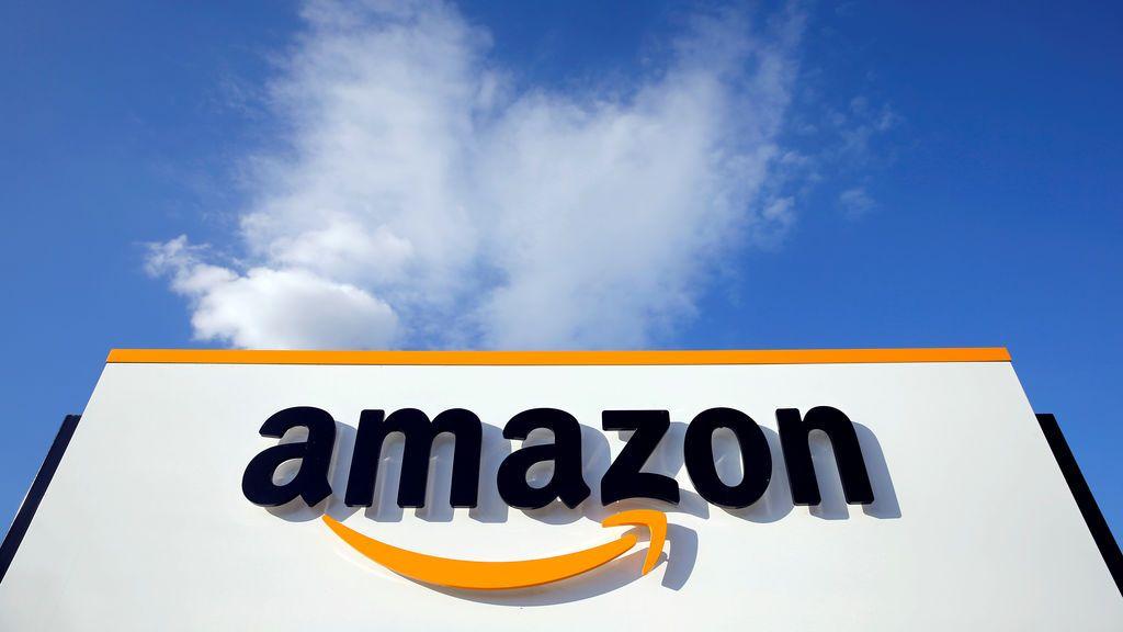 Hacienda estudia gravar con un 3% los servicios de plataformas como Uber, Airbnb o Amazon