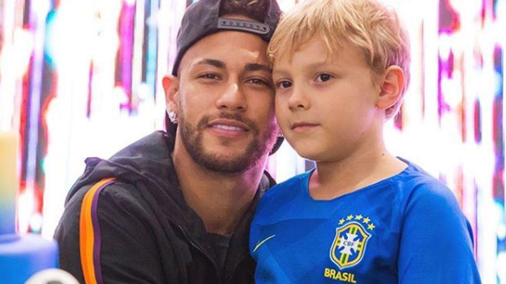 El hijo de Neymar recibe su primera carta en el colegio… ¡y es de amor!