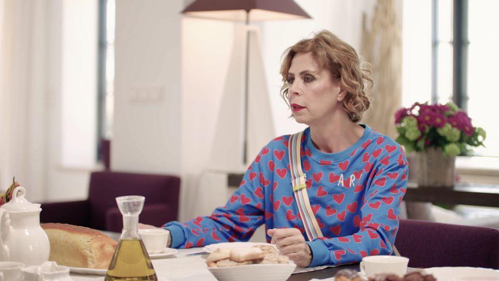 Ágatha Ruiz de la Prada confiesa por qué es tan complicado hacerle trajes a la Reina Letizia