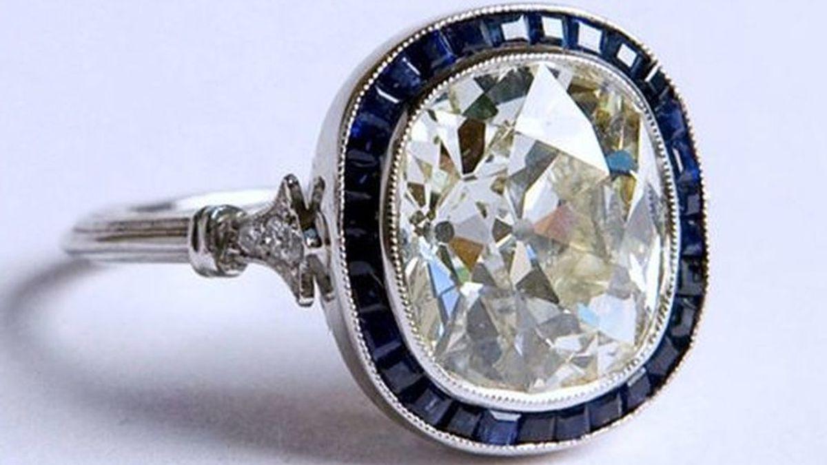 Tragarse un anillo de 40.000 dólares, el método de robo de un turista irlandés