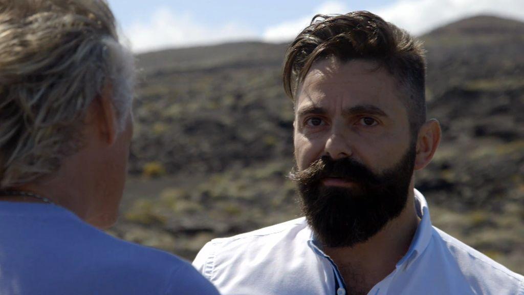 """Eugenio Fraile vivió la erupción del volcán Tagoro: """"Tuvimos miedo, vi levantarse una columna de agua de 16 metros"""""""