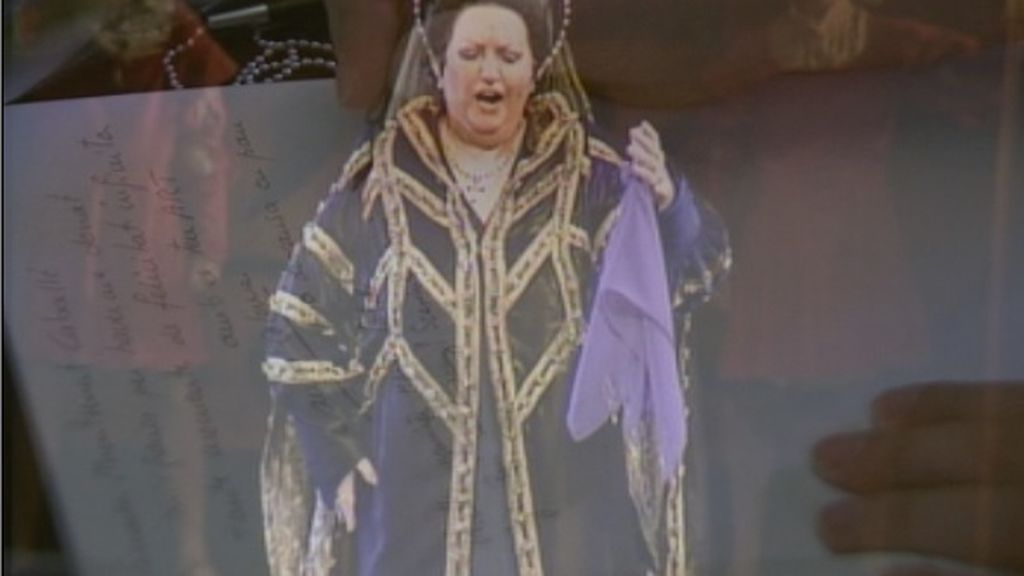 Minuto de silencio en el Liceu con la voz de Montserrat Caballé de fondo