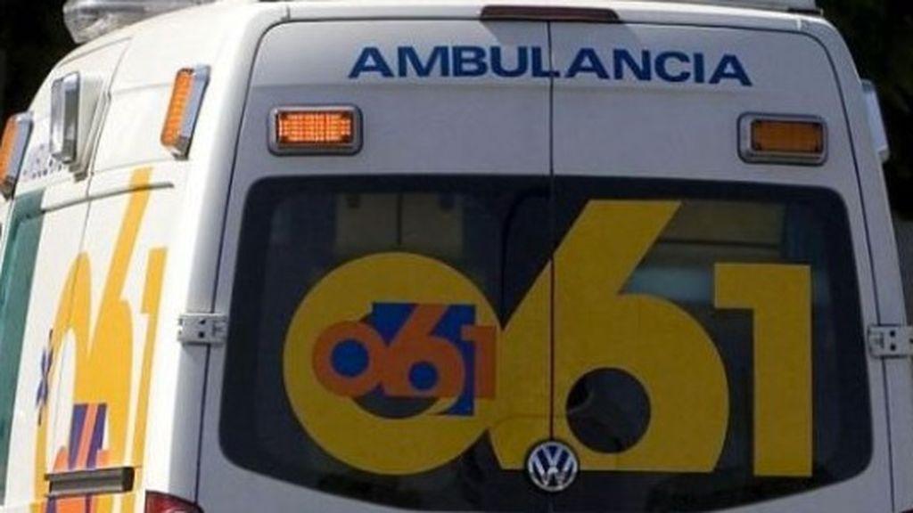 Un joven de 19 años ataca a un técnico de emergencias en Ibiza