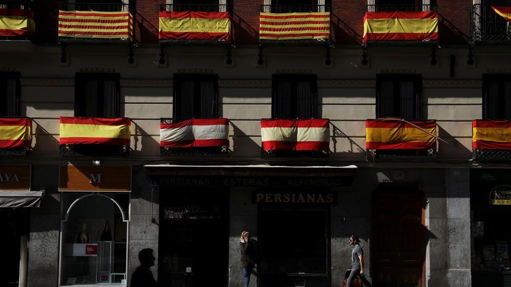 'España en tu balcón', la campaña del PP para responder con la bandera española a los lazos amarillos el 12 de octubre