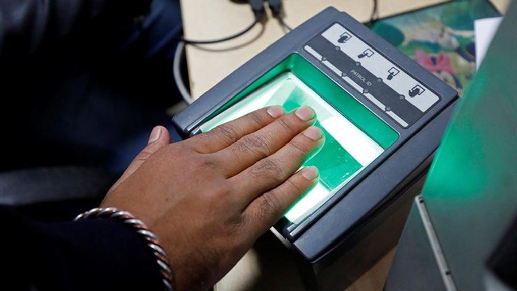 Sistema biométrico de identificación en India