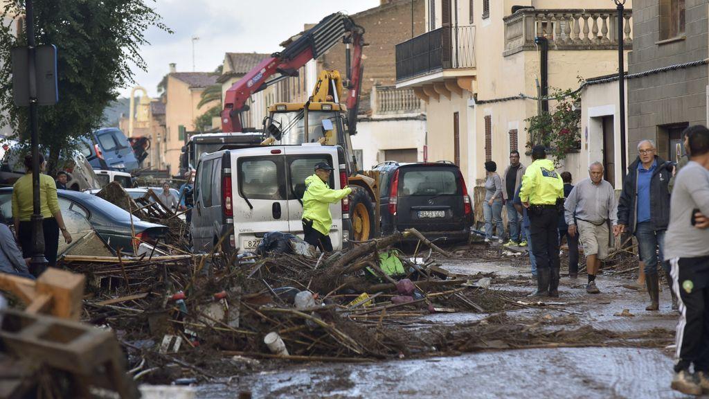 Dos puentes afectados y 11 carreteras cortadas por las inundaciones en el Llevant de Mallorca