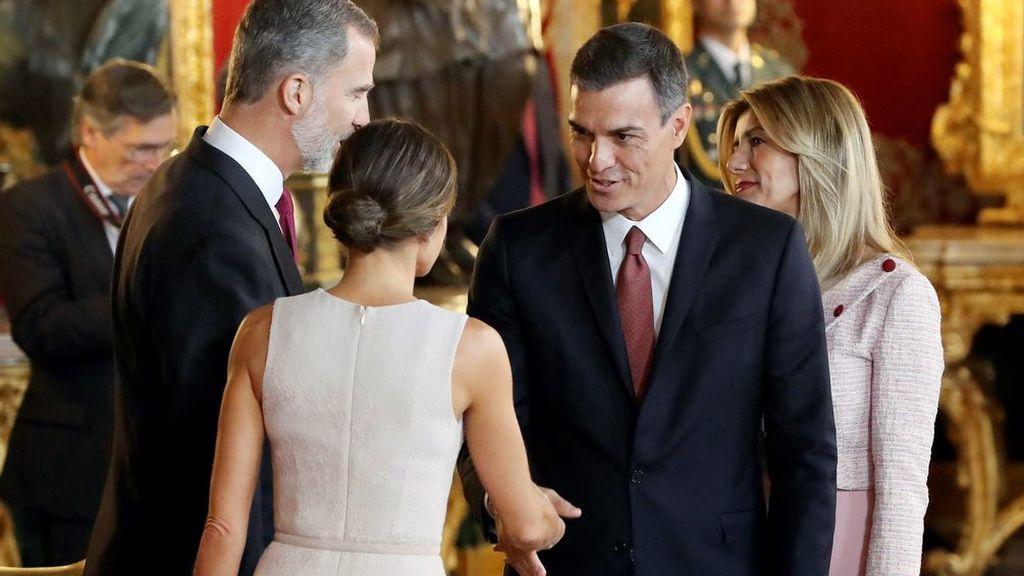 El lapsus de Pedro Sánchez y su mujer ante los Reyes