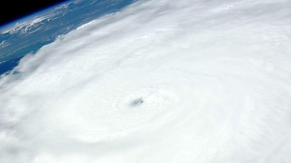 """El """"peligroso"""" ciclón 'Luban' amenaza con golpear Yemen y provocar una """"catástrofe"""""""