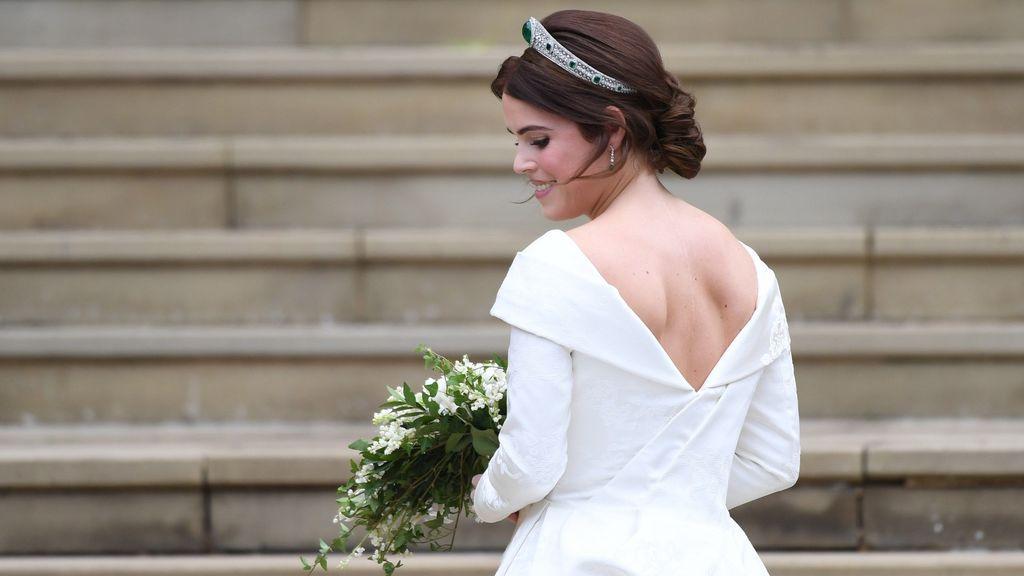 El gesto solidario de la nieta de la reina Isabel II en su boda con los enfermos de escoliosis