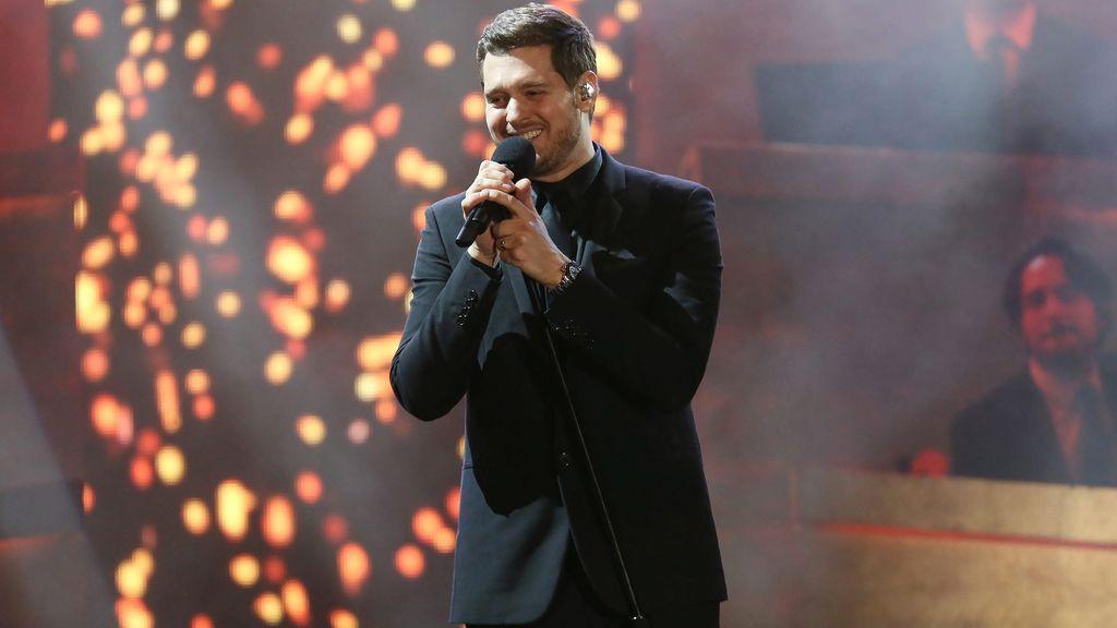 Representantes de Michael Bublé desmienten la retirada del cantante de la música