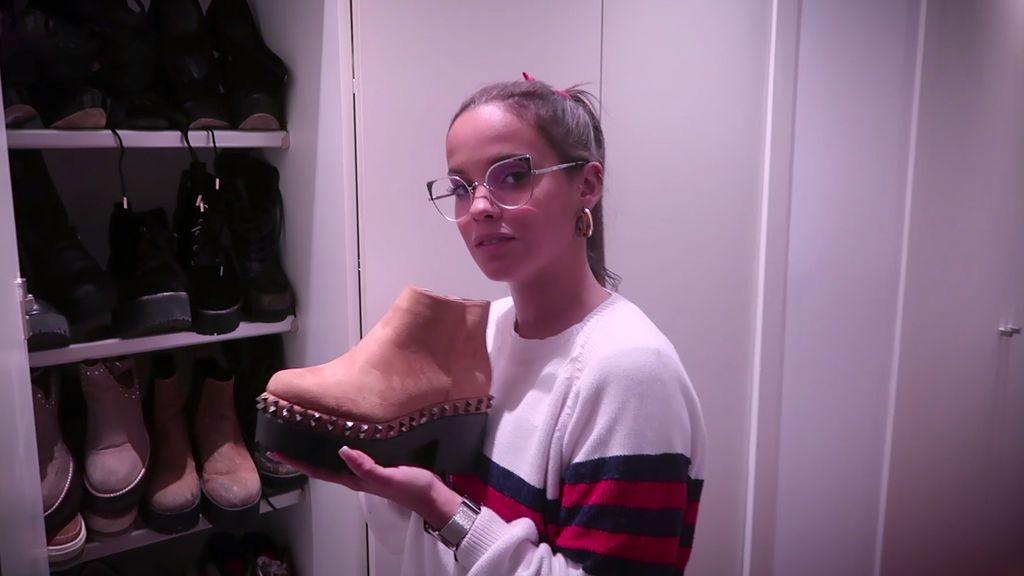 Gloria Camila abre su vestidor: tiene cinco armarios y un perfume de su madre de tesoro  (2/2)