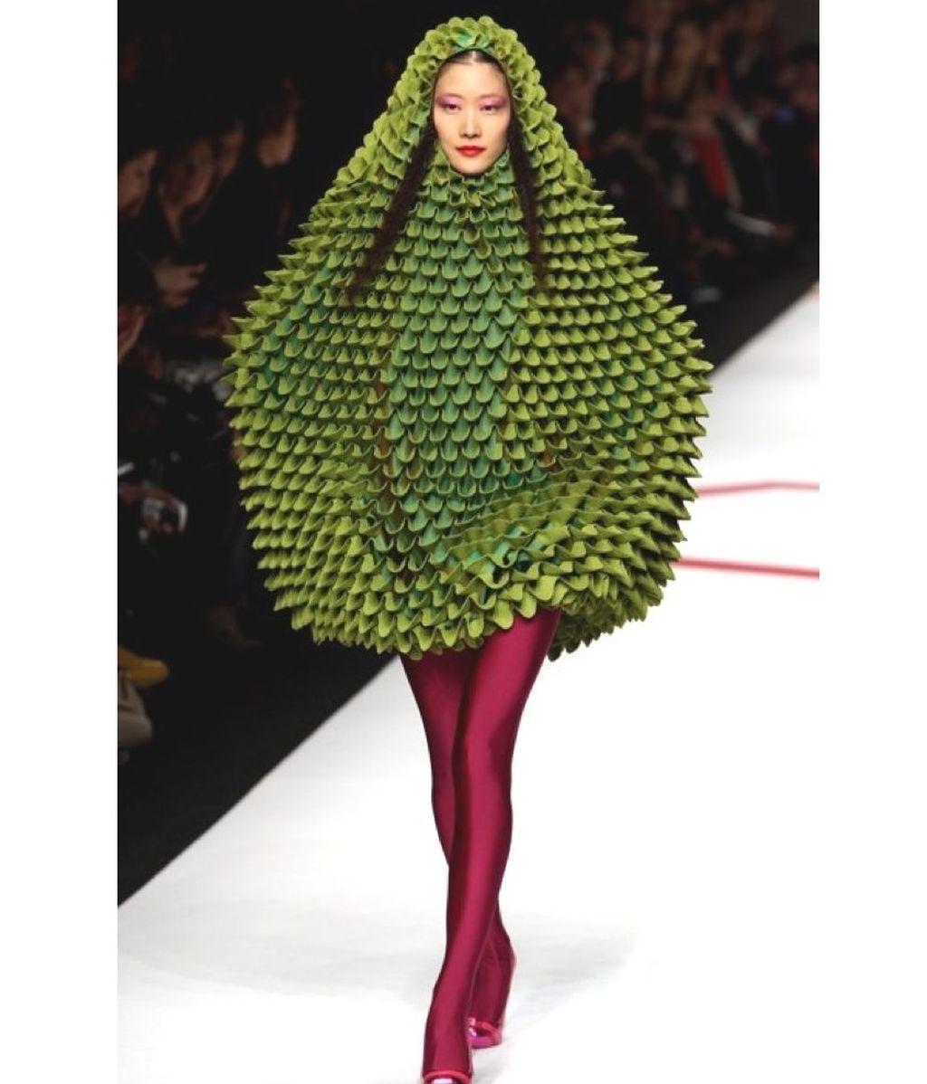 weird-fashion-clothes-funny-hilarious-pics-3ee34bd987db21fc77f7c0a6bdd1d91f-fashion-fail-weird-fashion