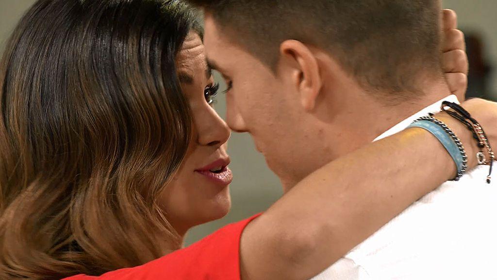 La decisión final: Marina no ha aguantado más y ha besado a Alai