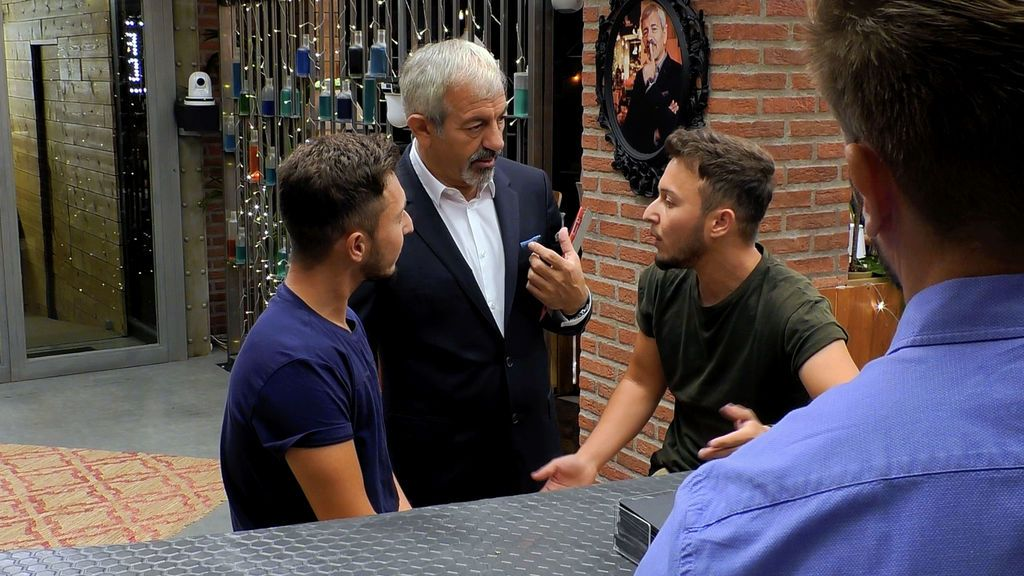 "Citas ""que sorprendan"" con los Twin Brothers en 'First dates'"