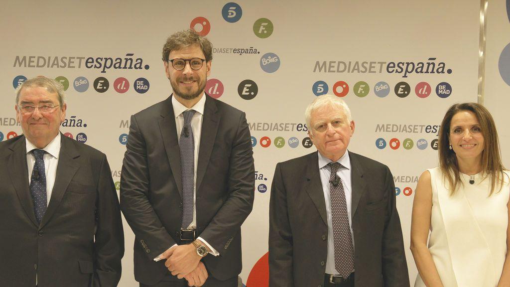 Alejandro Echevarría, Conrado Briceño, Paolo Vasile y Marta Muñiz durante la presentación de la novena edición del Máster en Creación y Gestión de Contenidos Audiovisuales.