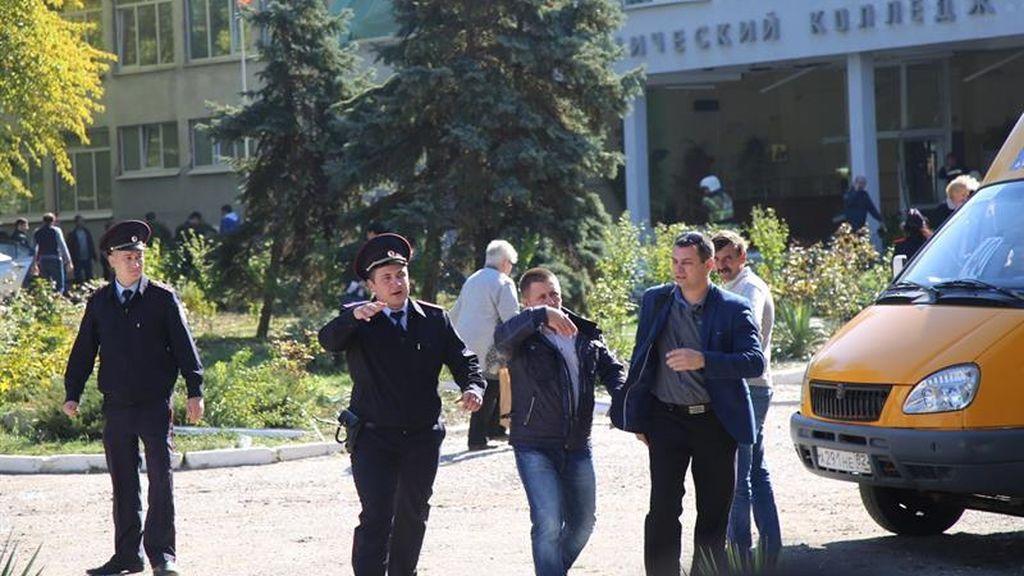 Un atentado en un instituto de Crimea deja al menos 18 fallecidos