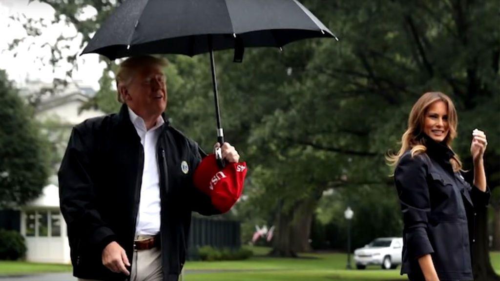 Trump y Melania, la extraña pareja que no comparte ni el paraguas
