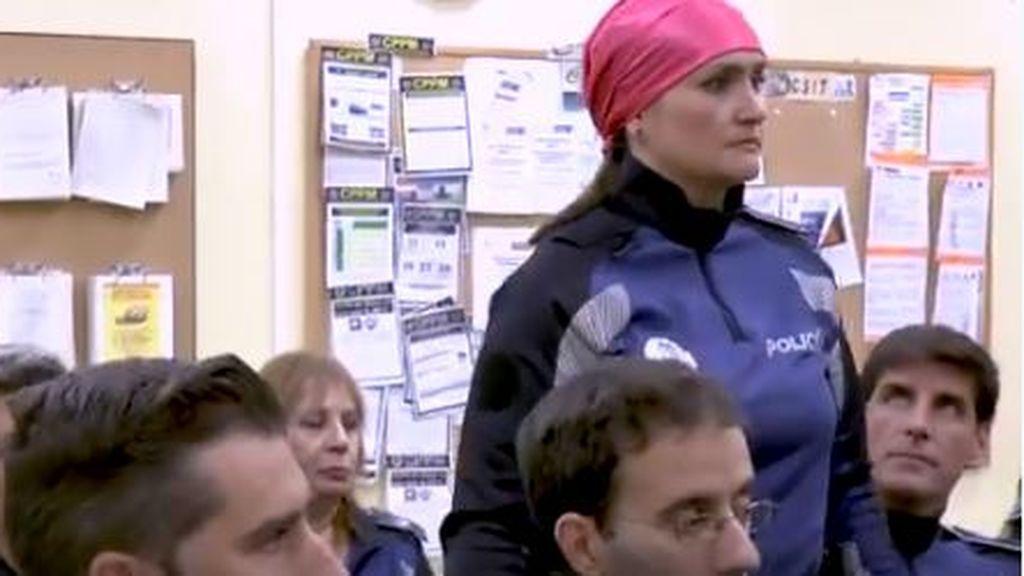 El vídeo de la Policía que promueve el compromiso con el Cáncer de mama