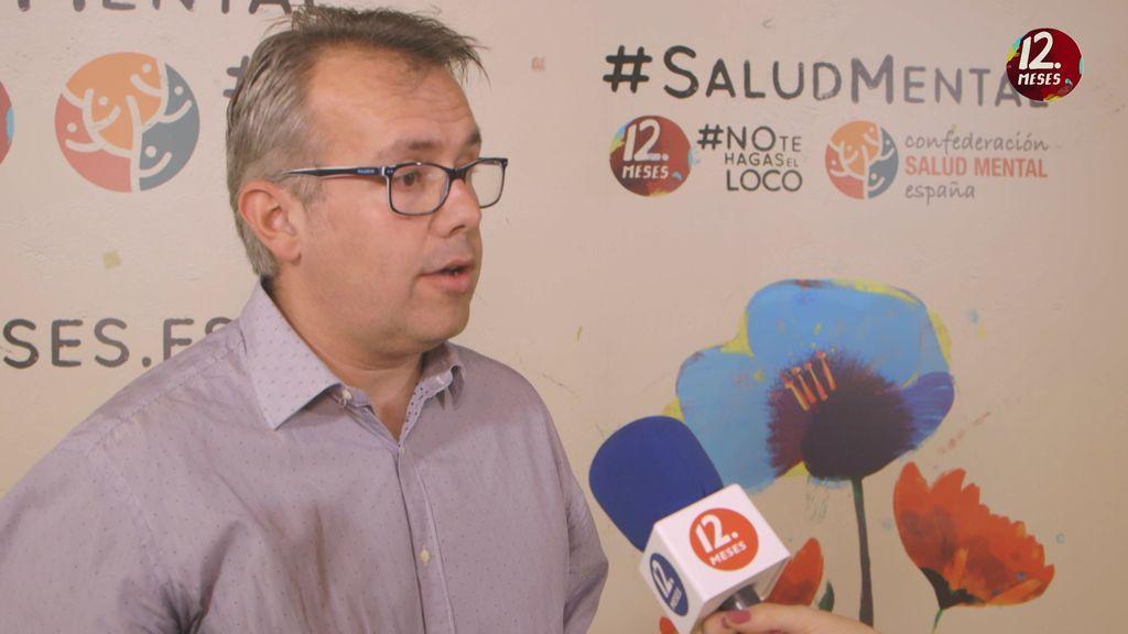 """José Luis Méndez, trabajador socialy responsable del servicio de orientación: """"La salud mental sigue siendo un tabú porque falta información"""""""
