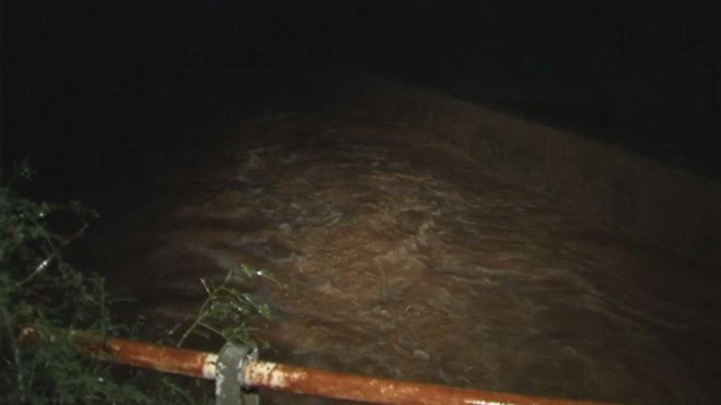 Alerta en Mallorca: Se desborda un torrente por las fuertes lluvias
