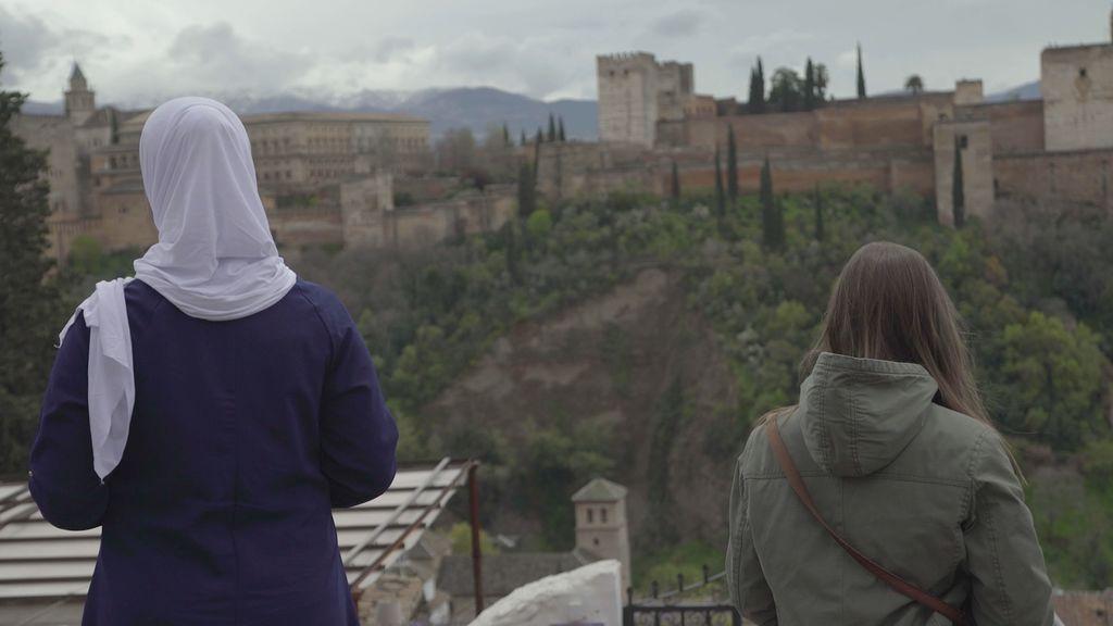 España mira a La Meca -Oriente y Occidente en la Alhambra.