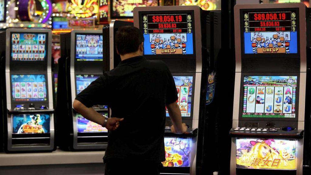 Podemos plantea restringir al máximo la publicidad de juegos de azar y prohibir que participen famosos